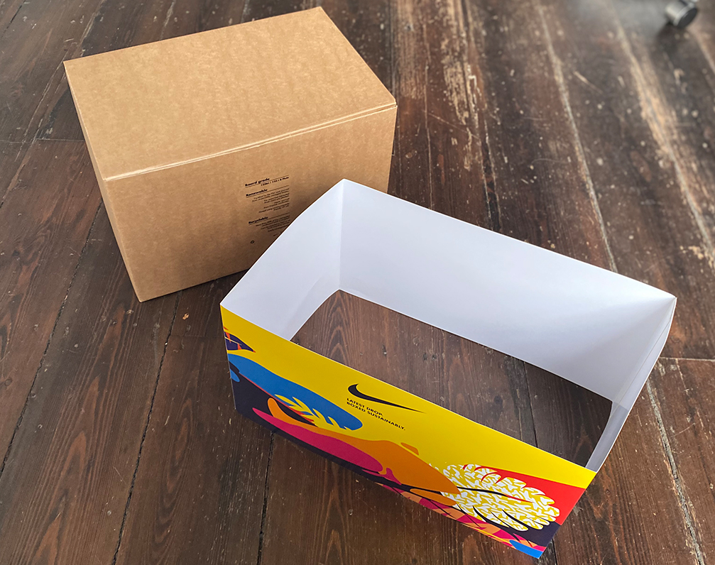 packaging with sleeve