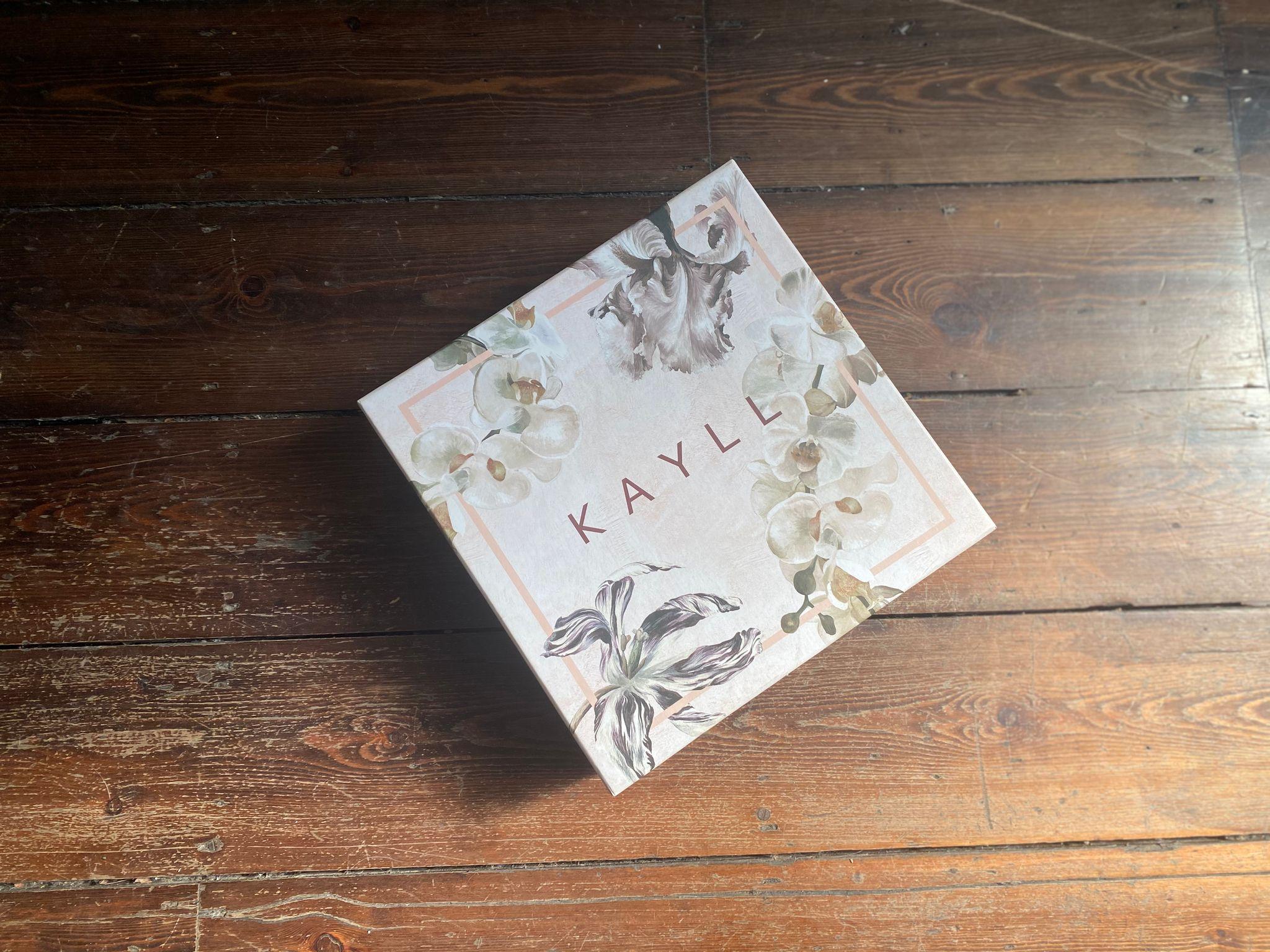 Kayll silk kimonos